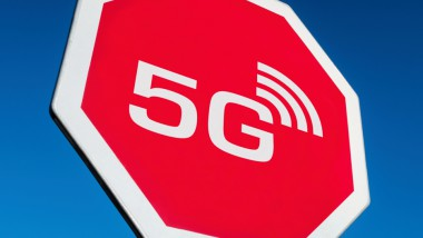 Connecting 5G Hype with ESG Reality