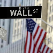 Stock Picking in the US Market and the Effect of Passive Investments