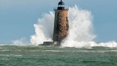 Thematics Spotlight: ¿Suscripciones para aguantar todas las tormentas?